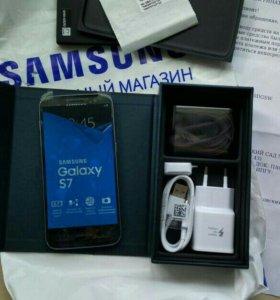 телефон Samsung S7