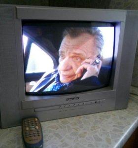 Телевизор показывает отличьно