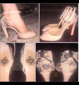 Туфли (натуральная лаковая кожа)
