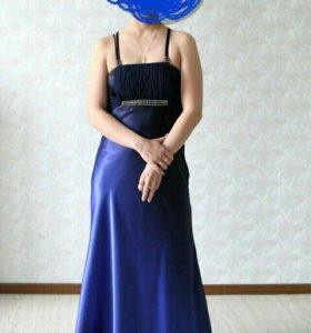 Шикарное платье в пол