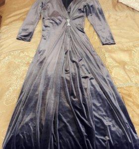 Платье вечернее, с украшенем на платье -Swarovski