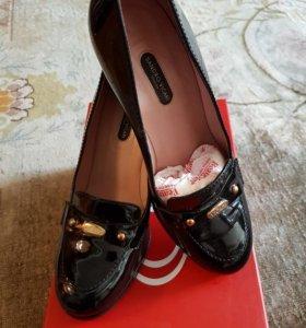 Туфли женские, новые.