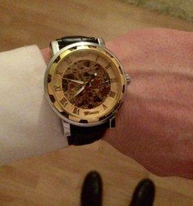 Модные часы Skeleton Winner