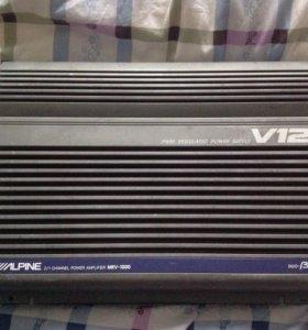 Мощный автомобильный усилитель Alpine MRV-1000