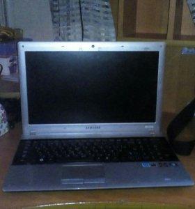 Ноутбук Samsyng
