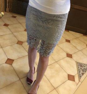Кружевная серая юбка