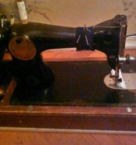 Швейная машинка. Срочно!!!