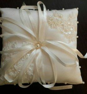 Новая подушечка для колец свадебная