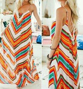 Яркое шифоновое платье, новое