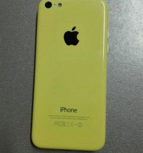 iPhone 5c 16Gb + 14 различных накладок