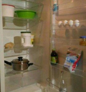 Холодильник 2м