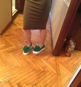 Обувь слипоны новые