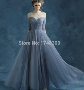Вечернее платье, 50-52 рамер. ТОРГ УМЕСТЕН