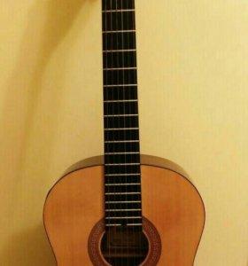 Гитара Hohner HC-06E