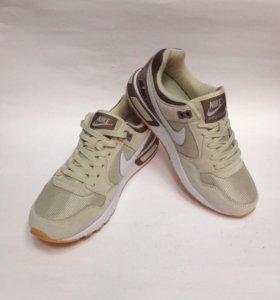 💃🏻Кроссовки Nike