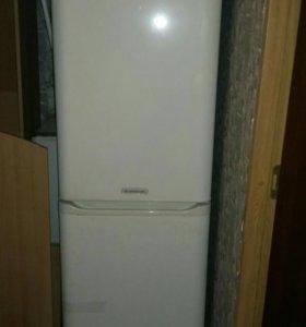Двухкомпрессорный холодильник аристон