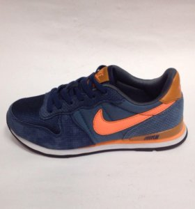💃🏻 Кроссовки Nike
