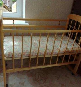Детская кроватка+ матрас Новые !!!