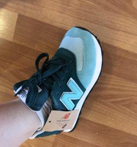Кроссовки New Balance женские бирюзовые, зеленые