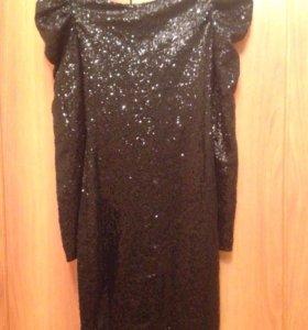 Чёрная платье в пайетках