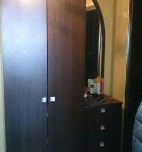 Продам шкаф от прихожки
