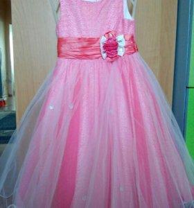 Платье вечернее,7-10 лет.Новое