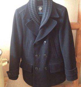 Пальто VAN CLIFF.