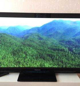 Телевизор Panasonic 106см