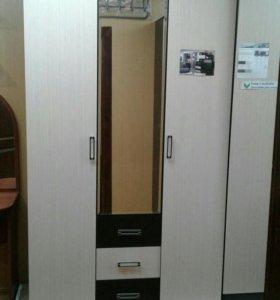 Шкаф трехстворчатый НОВЫЙ