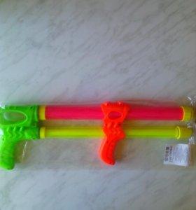 Пистолет водный новый в герметичной упаковки