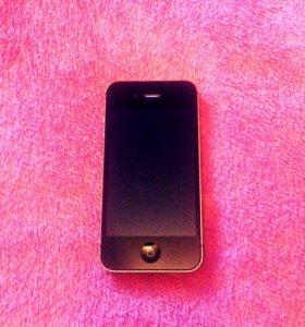 Продам IPhone 4S на 8Гб..