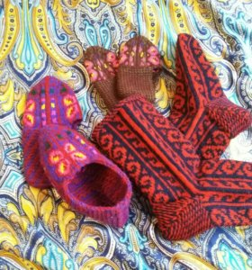 Вязанные носки шерстяные.