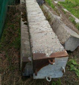 Продам бетонные сваи