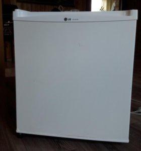 Холодильник/морозильник LG-051SS