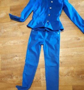 Костюм джинсовый для девочки 10-12 лет