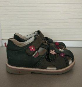 Сандалии, ортопедическая обувь