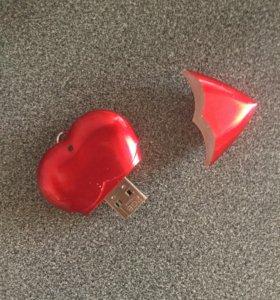 Флешка сердце 2gb
