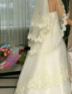Свадебное платье,р-р 42-46