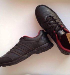 Adidas . Новые .