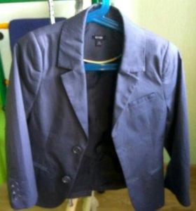 Пуловер, рубашки, пиджак. Размер 116-122.