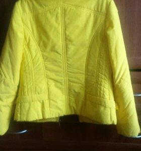 Куртка женская 44размер