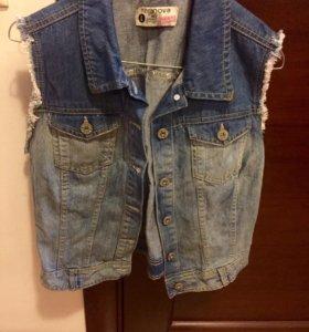 Жилетка джинсовая 44-48