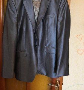 Мужской пиджак .