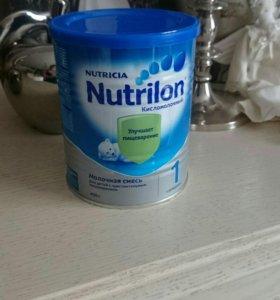 Смесь Nutrilon кисломолочный