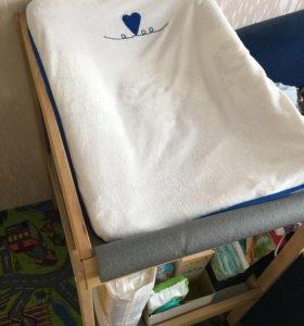 Пеленальный стол + матрасик + чехлы