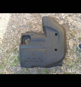 Накладка ( крышка)Двигателя на Chevrolet Niva