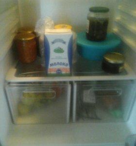 "Холодильник""vestel"""
