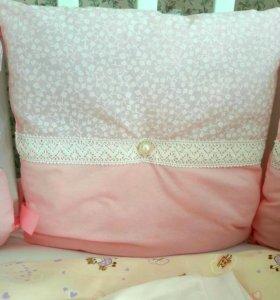 Бортики подушечки для детской кроватки