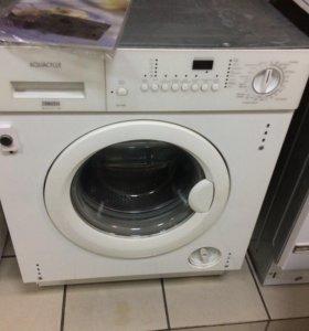 Встраиваемая стиральная машина.