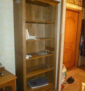 Книжный шкаф из массива дуба